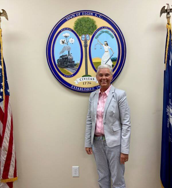 town council, mayor melissa emmons